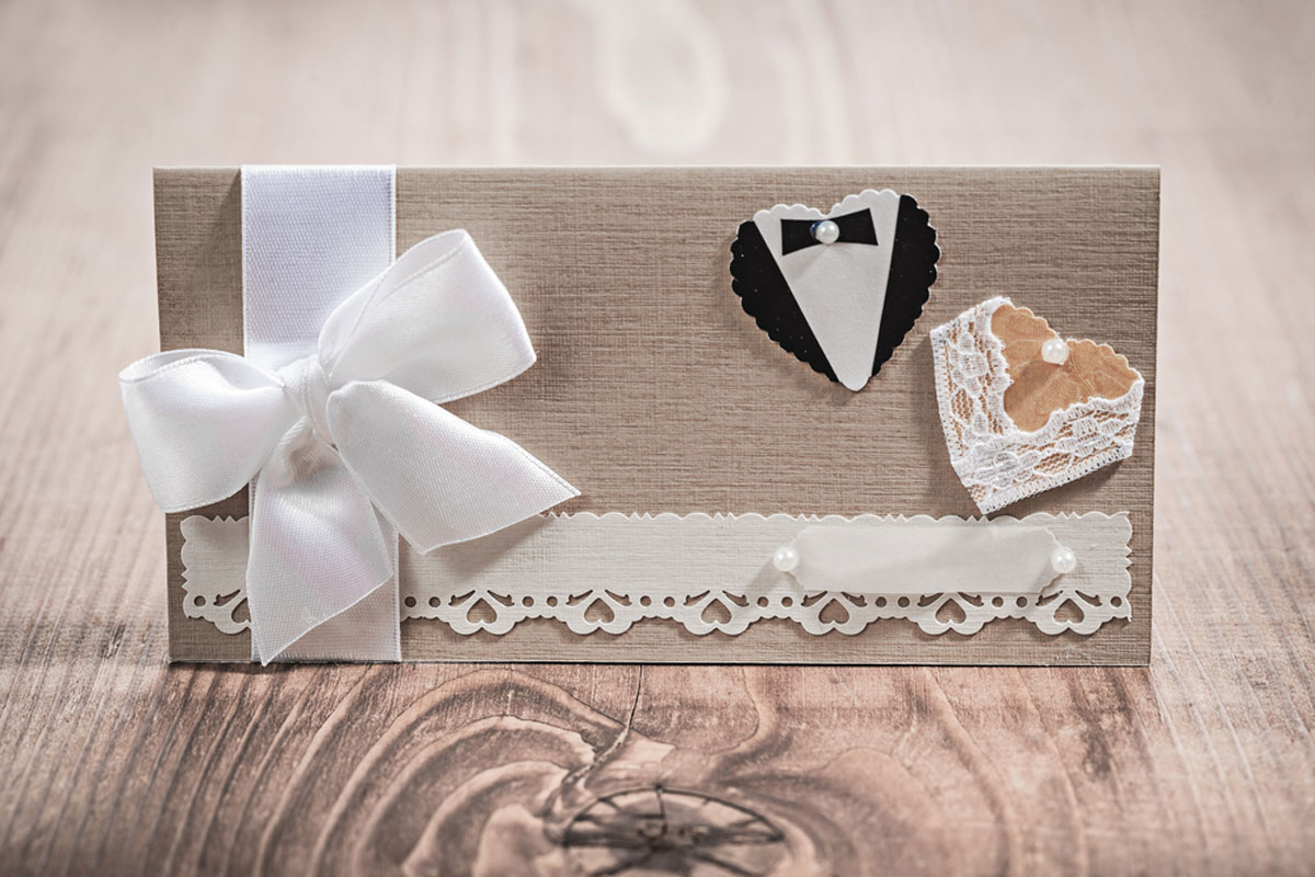 20 Cost of Wedding Invitations   Average Prices By Design & Style